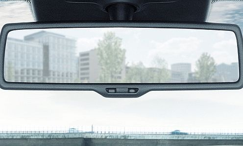 Auto dimming rear view mirror